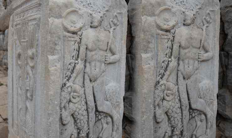 เจาะเวลาหาอดีต ณ ดินแดนโบราณ เอเฟซุส Ephesus ประเทศตุรกี ตอนที่ 2 เทพเจ้าไม่จำเป็นต้องนุ่งผ้า