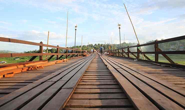 สะพานมอญ สังขละบุรี กาญจนบุรี สามสายน้ำสำคัญมาบรรจบกันที่ดินแดนสามประสบ สามประสบเมืองเล็กๆ ที่แฝงไปด้วย